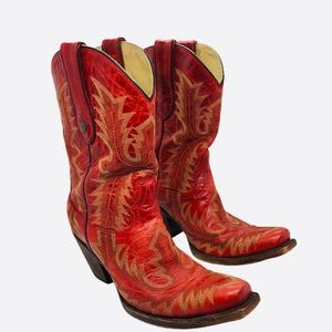 CORRAL Red Distressed Leather Cowboy Boots